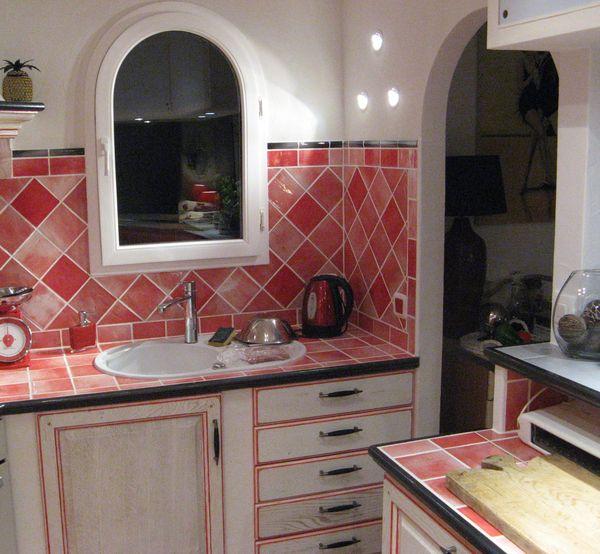 faience cuisine beautiful cuisine with faience cuisine finest pose faence mosaque salle de. Black Bedroom Furniture Sets. Home Design Ideas